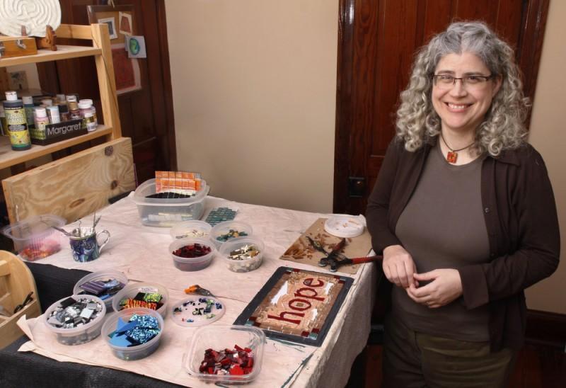 Margaret Almon in her studio. Photo ©Allison Puketza
