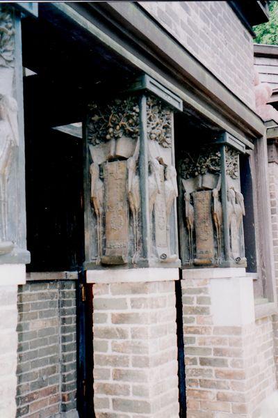 Frank Lloyd Wright Studio Pillars