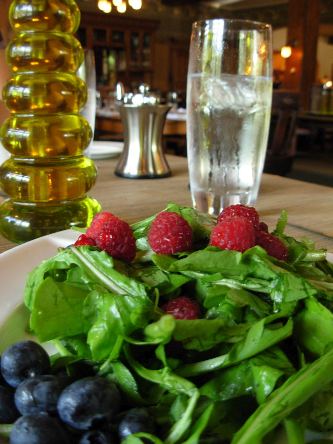 Salad of Mache with Fresh Berries